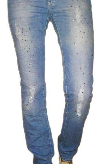 Γυναικείο ξεβαμμένο jean με στρας