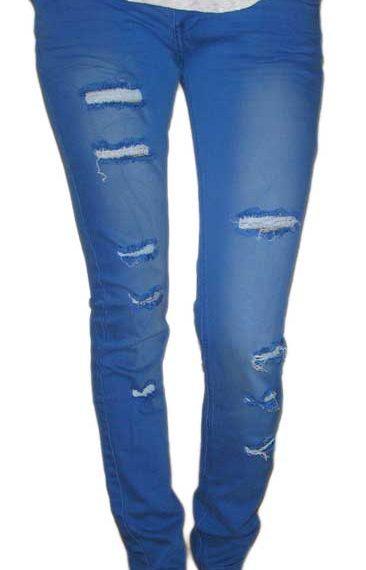Γυναικείο jean με σκισίματα σε φωτεινό μπλε