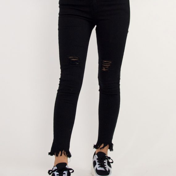 Γυναικείο μαύρο τζιν παντελόνι σωλήνας με ξέφτια DM6217