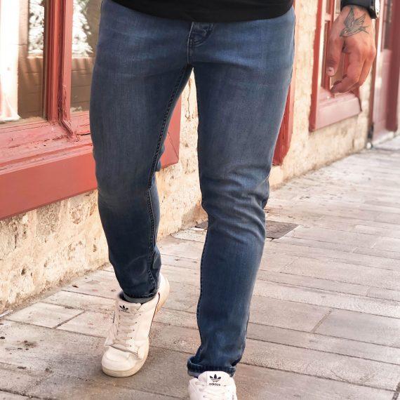 Ανδρικό μπλε τζιν παντελόνι με ξέβαμμα DR4040